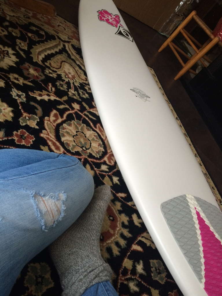 MY NEW SURFBOARD!!